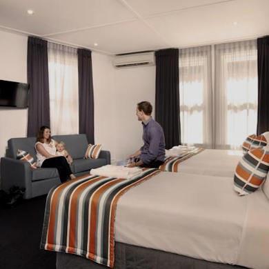 Register your 3-star hotel